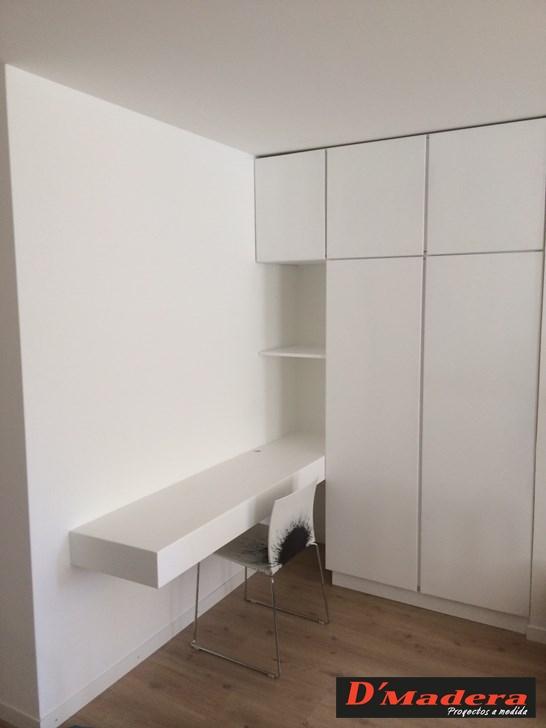 Armario con escritorio integrado lacado blanco - Armario blanco lacado ...