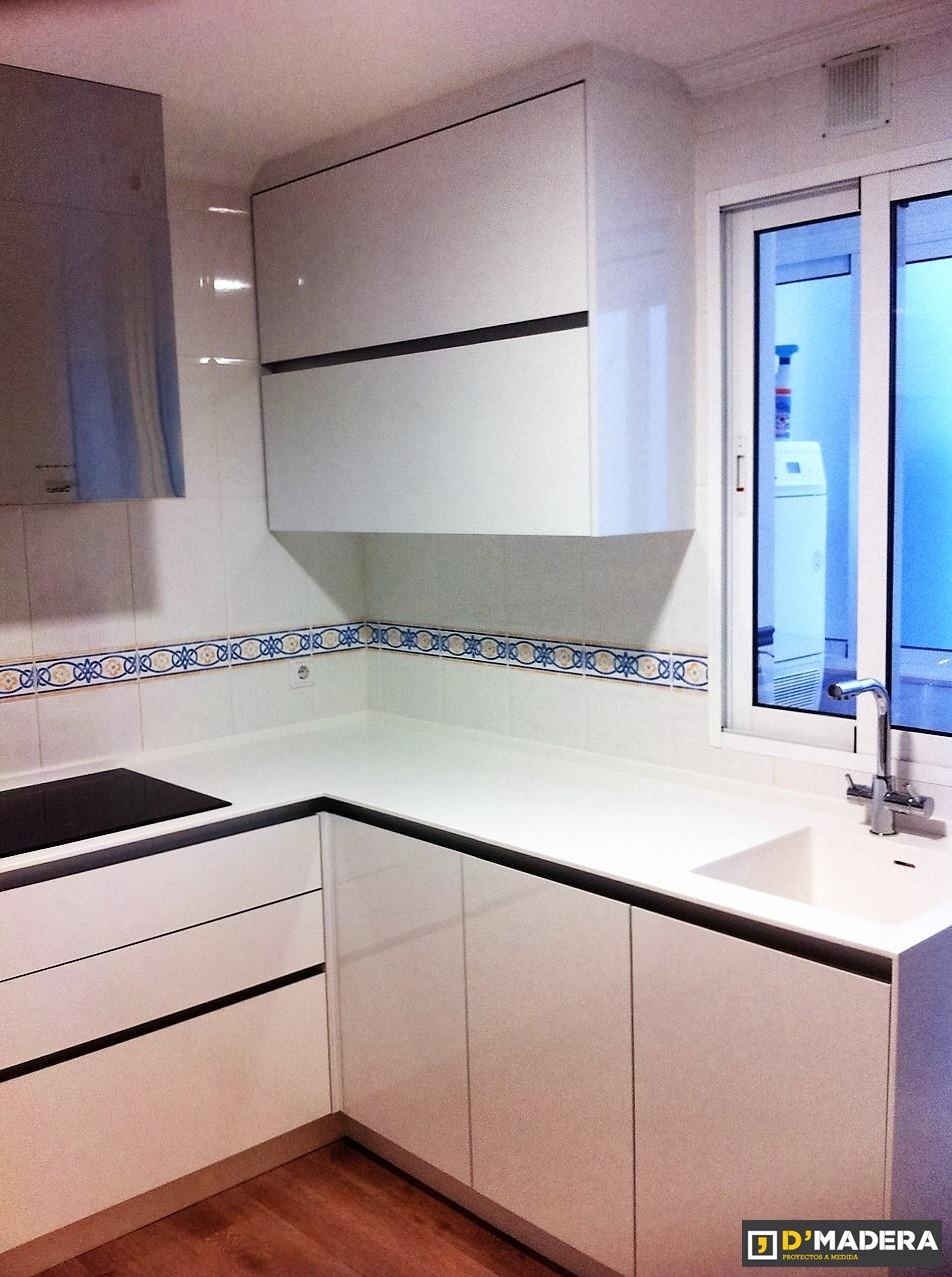 Cocina estratificado blanco brillo - Muebles de cocina clasicos ...