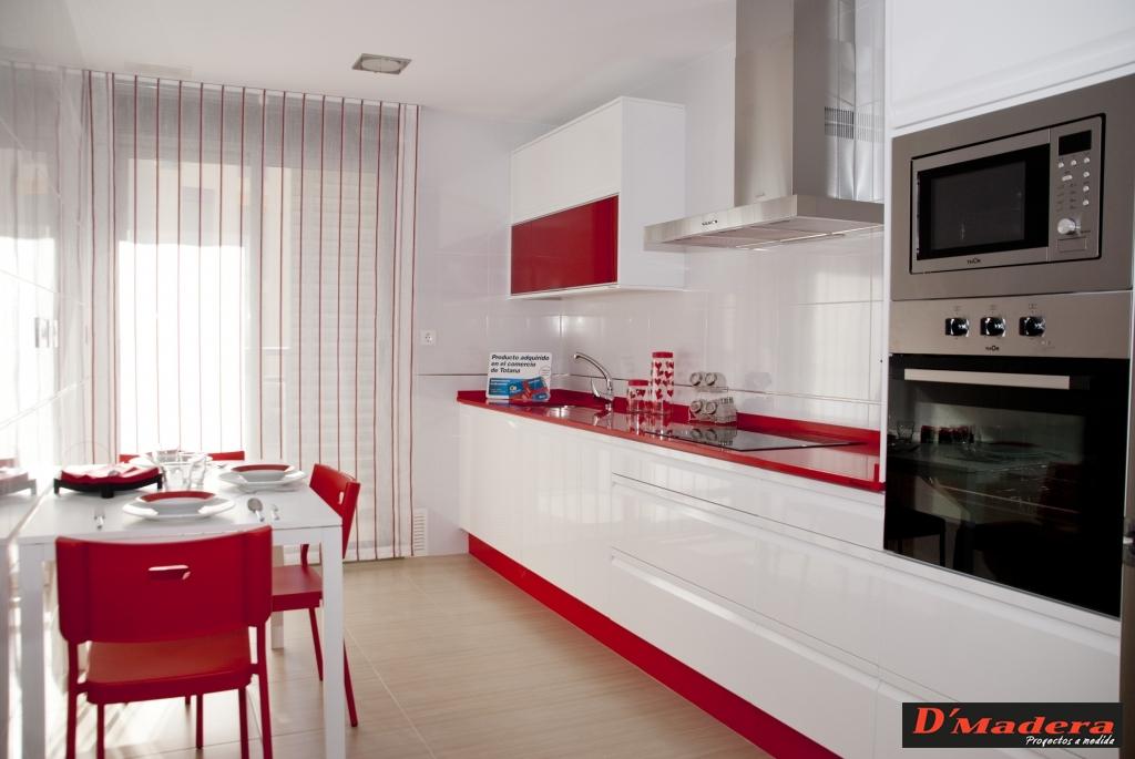 cocina polilaminado brillo y encimera zeus - Cocinas Blancas Y Rojas