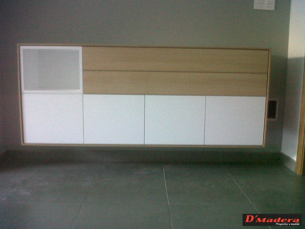 Mueble auxiliar sal n seda roble for Mueble salon roble