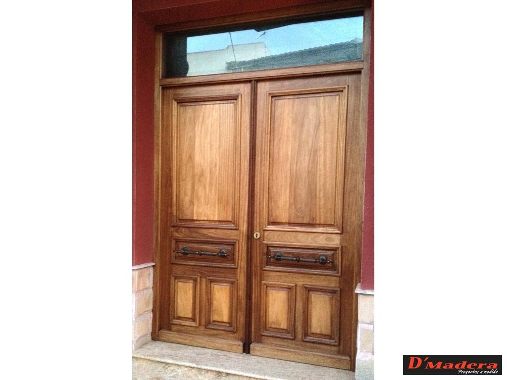 Puertas para ba o exterior for Puerta madera rustica