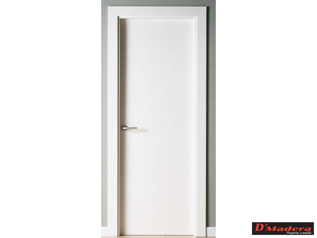 Puerta interior lacada lisa for Puertas blancas lisas interior